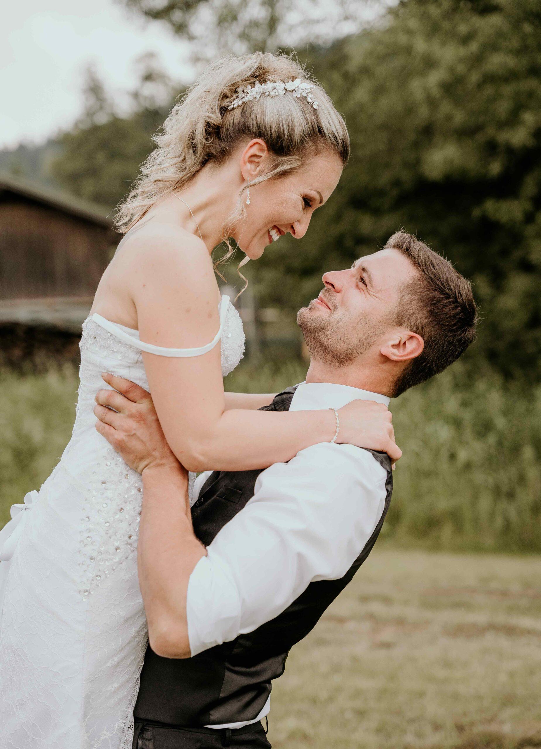 HochzeitsreportageHochzeitsfotografinRegenNiederbayern scaled - Hochzeitsreportage